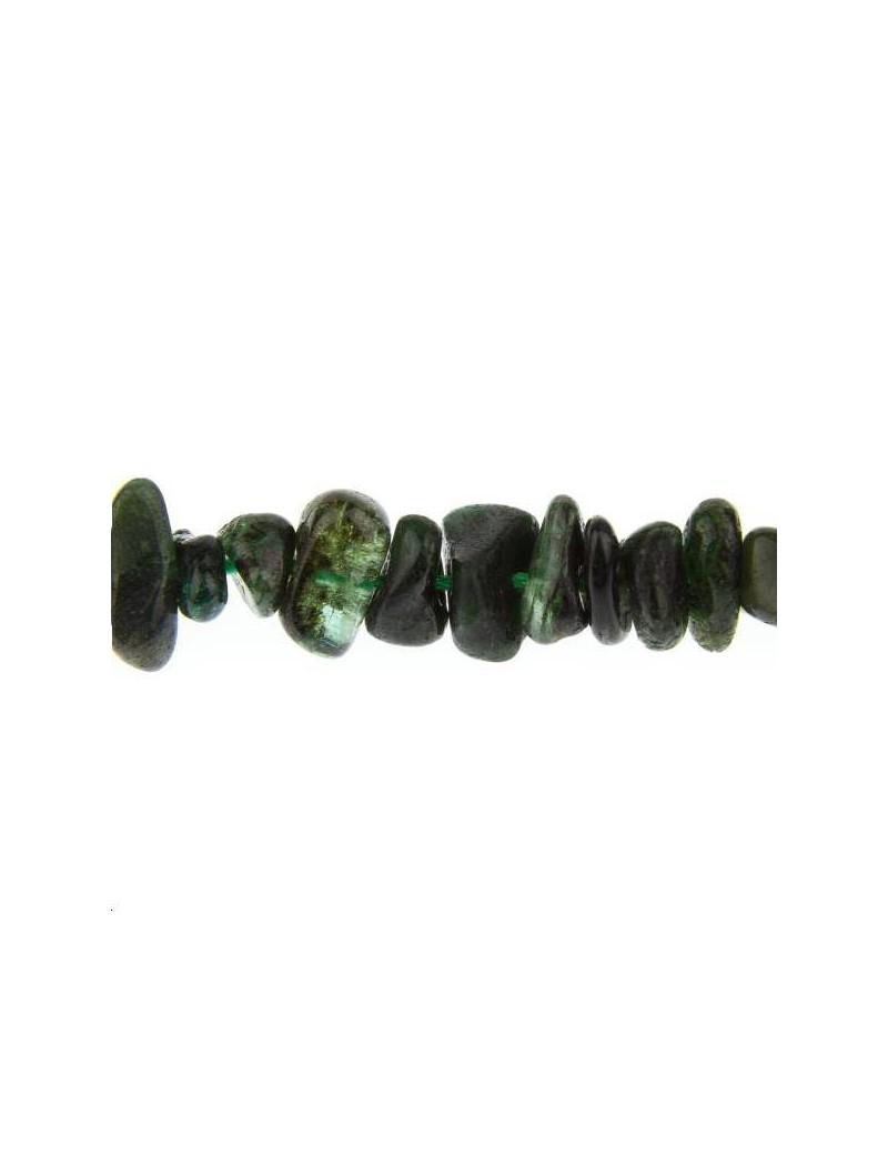 Émeraude chips d'Afrique 8-11mm lot de 5cm (environ 5 perles)