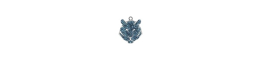 Pave pendants tiger