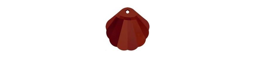 Shell pendants (6723)